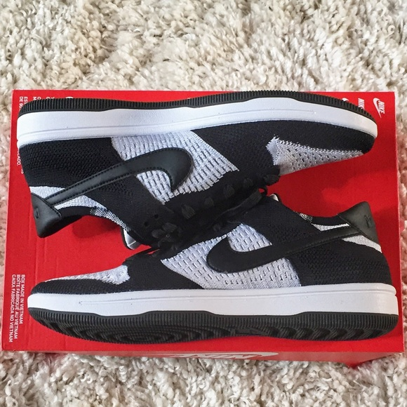 100% authentic 98460 8f447 Nike Shoes | Dunk Fly Knit Black Wolf Grey 10 917746100 | Poshmark